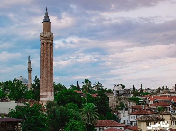 مسجد ییولی مناره آنتالیا