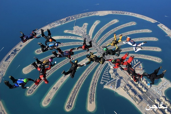 چتر بازی در دبی