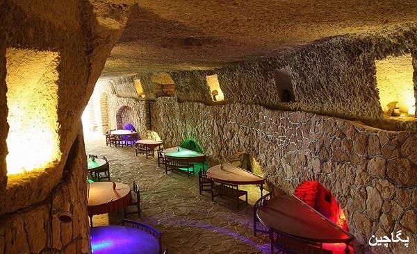 رستوران شهر زیرزمینی کاریز کیش